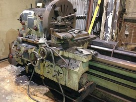 35 in x 336 in TOS SU-80-A Bed Lathe