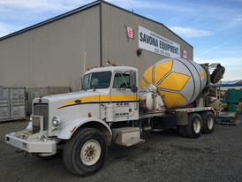 Peterbilt 10 Yard Cement Truck