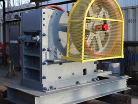 Sawyer Massey 10 x 20 Jaw Crusher