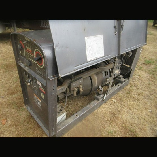 Used Lincoln Sae 400 Diesel Engine Drive Welder For Sale