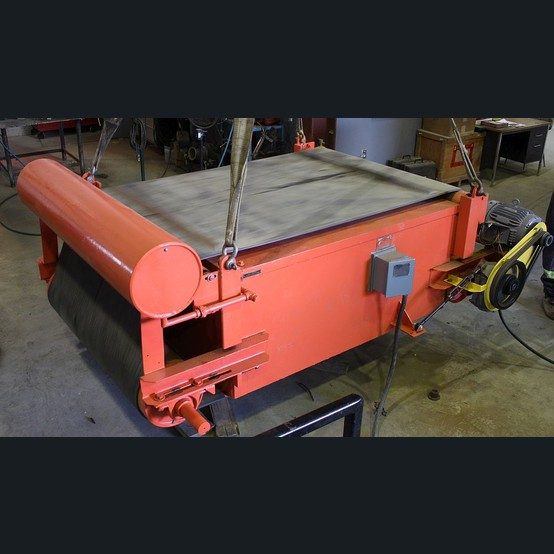Savona Equipment Series 7000 Eriez Cross Belt Self