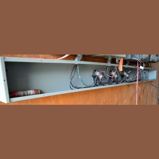100 amp splitter box trough id