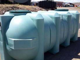 Septic Tanks & Sewage Holding Tanks   Poly Tanks Supplier