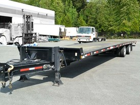 Mac 40 ft Trailer