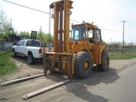 Michigan 75B Forklift
