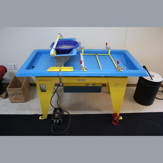Action Mining Concentrating Table Supplier Worldwide
