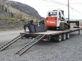 T300 Bobcat Track loader/Trailer package