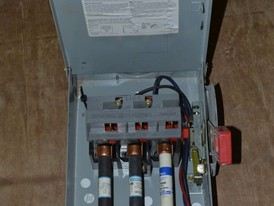 General Electric 30 Amp Disconnect