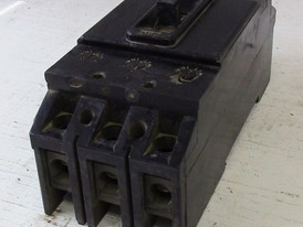 Federal Pioneer 3 Pole 100 Amp Breaker