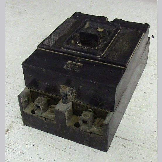 Used Federal Pioneer 2 Pole 100 Amp Breaker For Sale