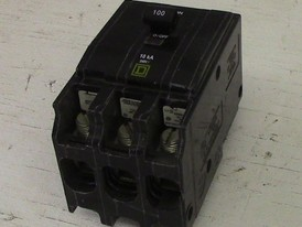 Square D 3 Pole 100 Amp Bolt-on Breaker