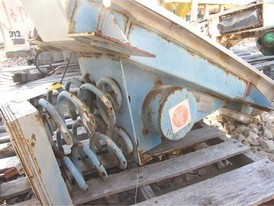 Vibranetics VFU12SDDT Vibrating Feeder