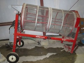 Buhler Farm King 2.5 ft x 5 ft Separator
