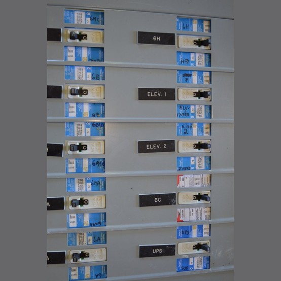 Cutler Hammer 600 Amp Distribution Panel For Sale Used