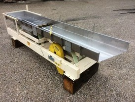 Cardwell Vib-o-vey 24 in. x 11 ft Conveyor
