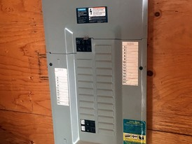Siemens 100 Amp 24 Space 48 CCT Breaker Panel