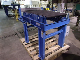Chantland MHS 24 in. x 37 in. Roller Conveyor
