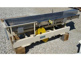 Cardwell 24 in. x 8 ft. SS Vibrating Conveyor