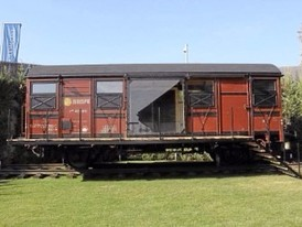 4m x 25m Train Wagons