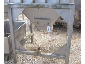 Stainless Steel 20 cu. ft. Syntron Hopper