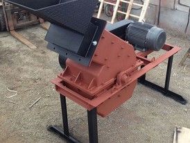 24 In. x 16 In. Hammer Mill