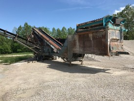Powerscreen Chieftain 1400 Screening Plant