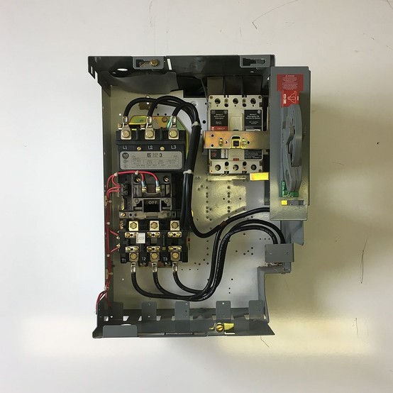 Allen Bradley Series Inch Bucket With Breaker And Size Starter For Sale on allen bradley motor starter bucket