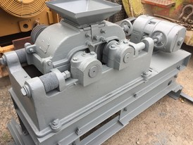 Denver 6 in. x 10 in. Roll Crusher
