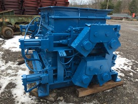 Gundlach 56DA Roll Crusher