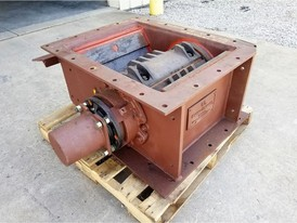 United Conveyor Excen-Crusher 27 in. x 20 in.