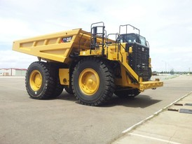 CAT 777G Rock Trucks