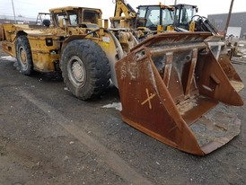 CAT R1300G Underground Loader