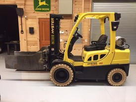 Hyster Triple Mast Forklift