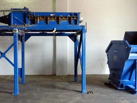 SSI Shredding Systems Dual-Shear Shredder