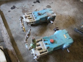 Cat Triplex Piston Pumps