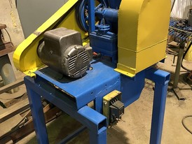 Woodstock 3.5 in x 5.5 in Lab Jaw Crusher
