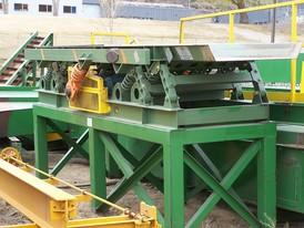 Edem Chip and Sawdust Feeder
