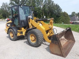 CAT 907H Wheel Loader
