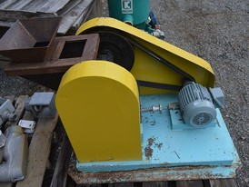 Unicast 3 x 5 Lab Jaw Crusher