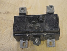 Square D 2 Pole 200 Amp Main Breakers