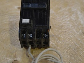 ITE 2 Pole 15 Amp Ground Fault Breaker