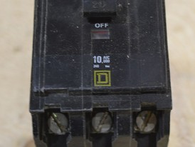 Square D 3 Pole 20 Amp Breaker