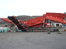 Sandvik QE340 Track Mounted Screen