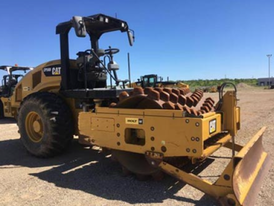 2012 CAT CP56B Packer