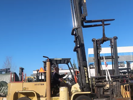 Hyster 15,000 lbs Forklift