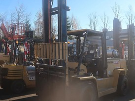 Hyster 15,500 lbs Forklift