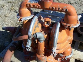 Used Wilden Diaphragm Pump. 1.25 in. x 1.5 in. Model: M-4