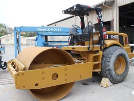 Caterpillar RODO CS-533D Packer