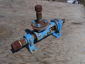 Used Moyno Positive Displacement Pump. Model: 3M1 - Progressive Cavity Style. 1 in. Suction, 3/4 in. Discharge.