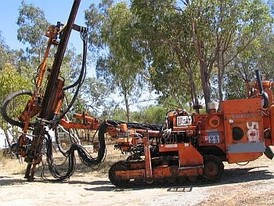 Used Tamrock Hydraulic Quarry Drill. Model: DHA500.  Ready for work; in very good condition.  Comes with HL538 Drifter.